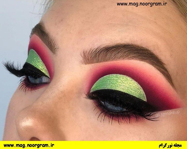 آرایش سبز رنگ