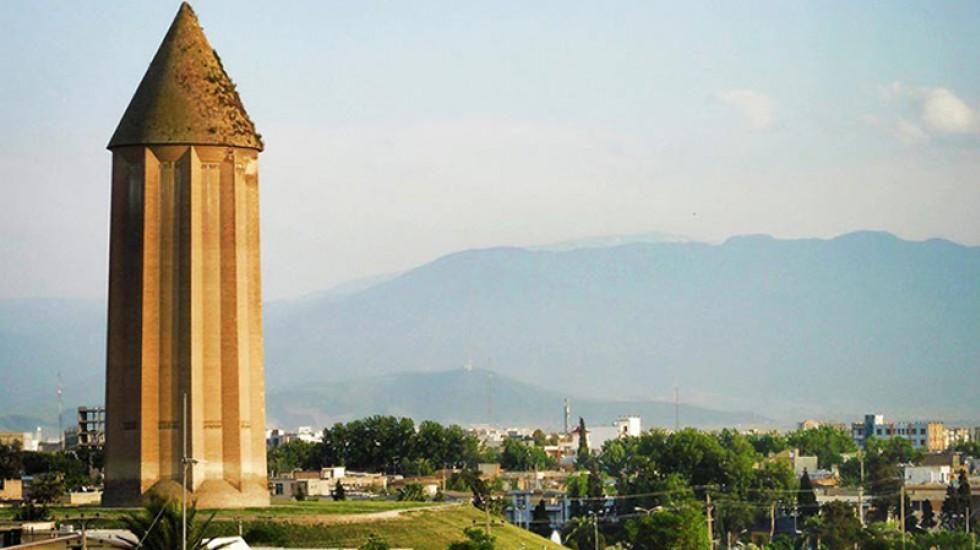 برج قابوس در گنبد