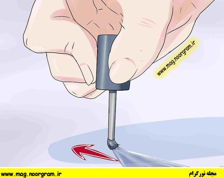 از بین بردن خش شیشه با لاک ناخن