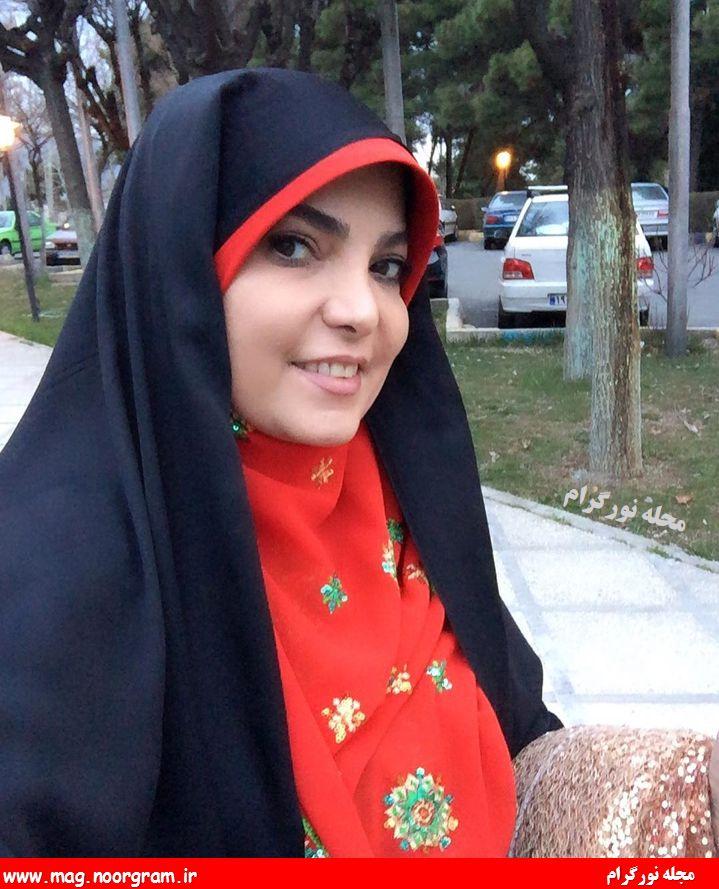 رویا حسینی مجری